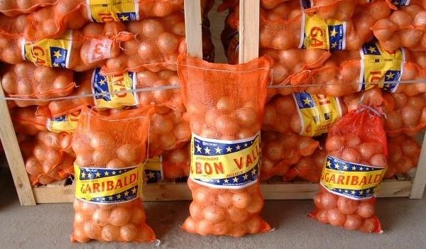 Sacos de cebollas de 10 kg, 20 kg y 25 kg